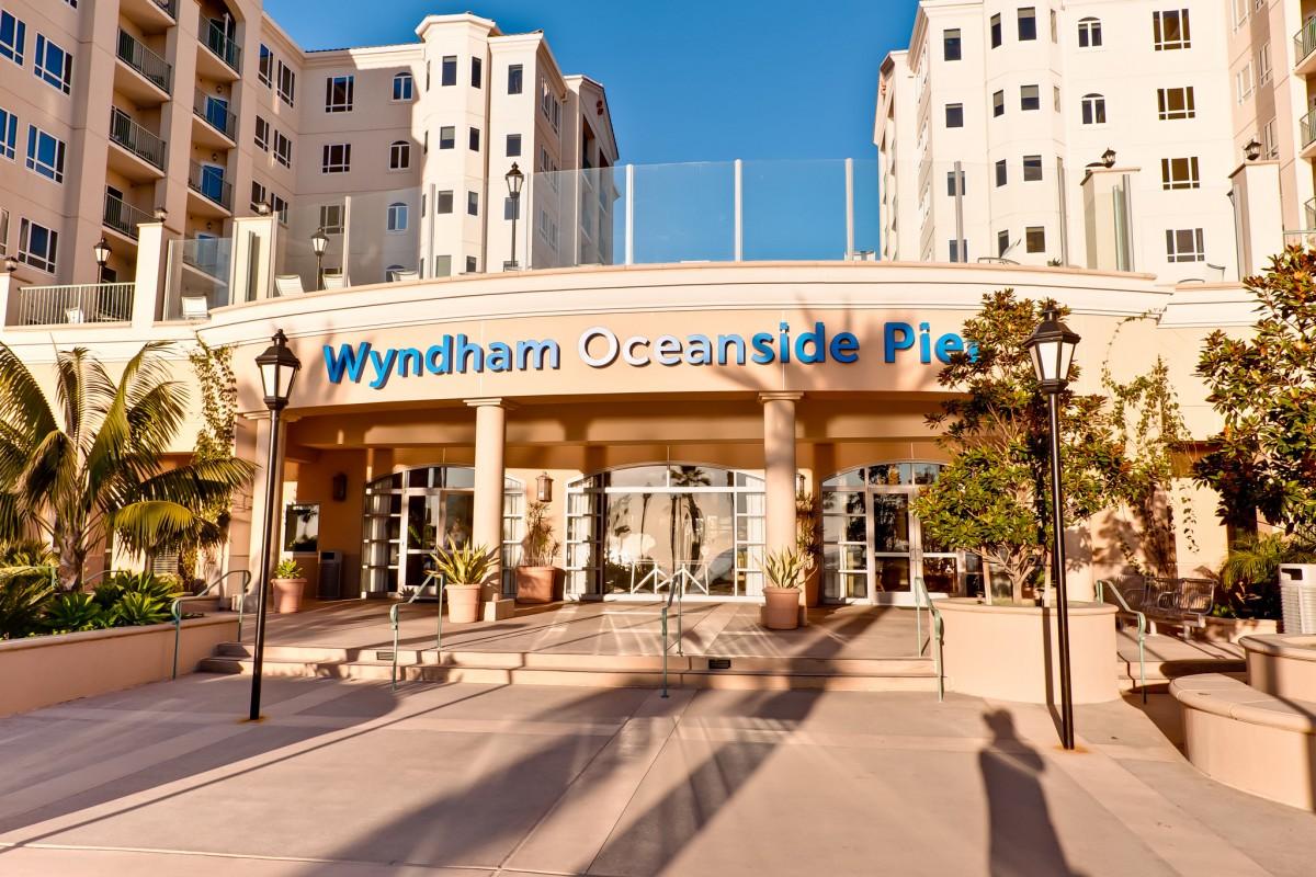 Wyndham Oceanside Pier California Resort In California
